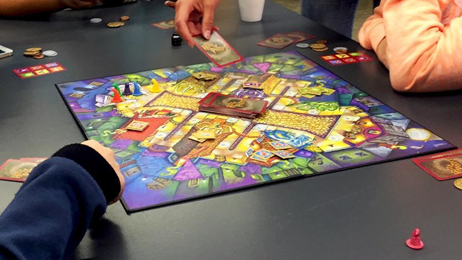 Brætspil til udlån på biblioteket