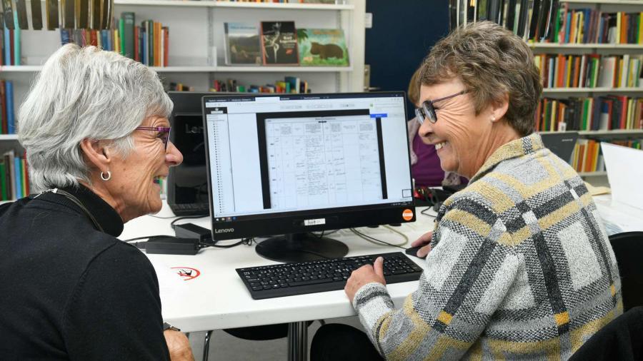 Få hjælp, hygge og fællesskab på biblioteket