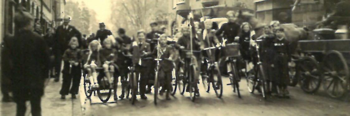 Foto fra Jernbanegade i Fredensborg 5. maj 1945